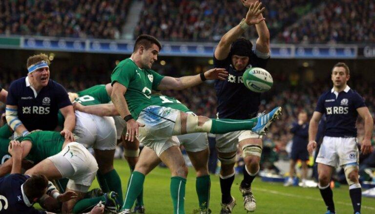 Īrijas regbisti sakauj Skotiju un kļūst par Sešu nāciju turnīra līderiem