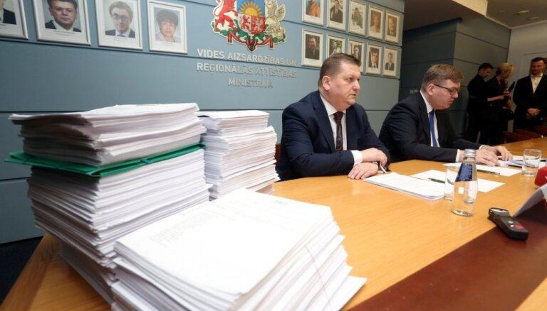 Tiesībsargiem lūdz vērtēt iespējamu Ušakova kriminālatbildību