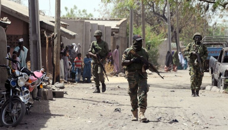 Боевики из исламской группировки застрелили 50 спящих студентов