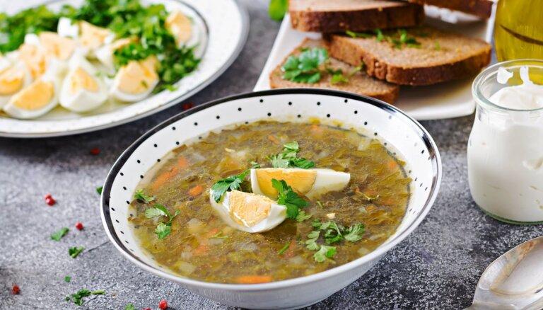 14 smeķīgu skābeņu zupu receptes gardām vakariņām