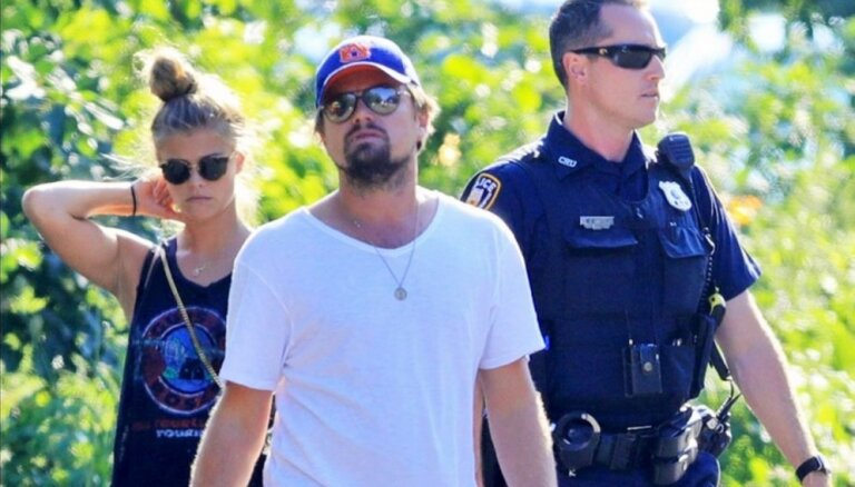 СМИ: Леонардо ДиКаприо расстался с моделью Ниной Агдал