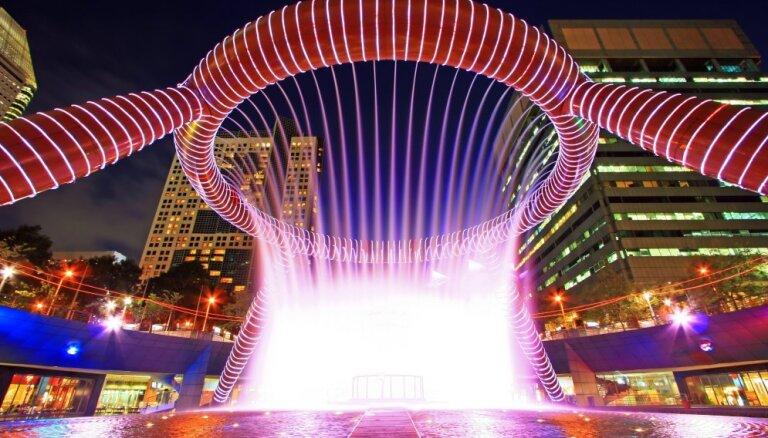 Рот великана, мост, часы и движущиеся фигуры: 9 самых причудливых фонтанов в мире