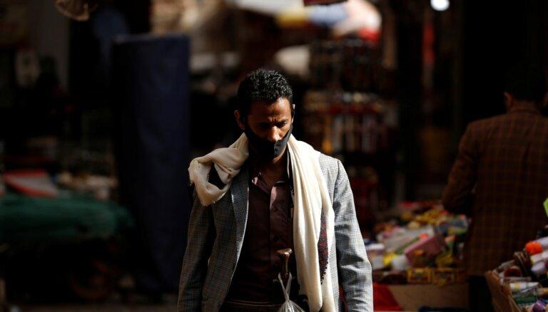 Humānās palīdzības finansējums Jemenai par miljardu mazāks nekā cerēts