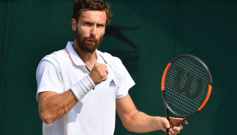 Gulbis jaunākajā ATP rangā zaudējis divas vietas