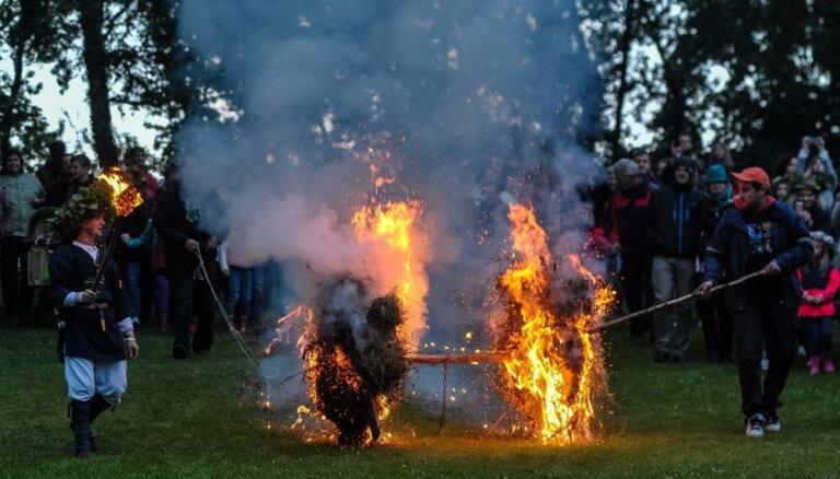 Grandiozas zaļumballes un koncerti: Līgo svētku lielākie pasākumi Latvijā