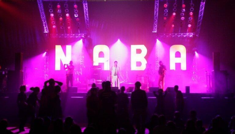 Studenti uztraukti par iecienītā 'Radio NABA' nākotni; prasa skaidrojumus