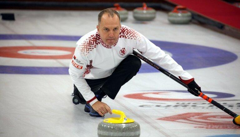 Latvijas jauktā kērlinga izlase pirmajā čempionāta spēlē zaudē Kazahstānai