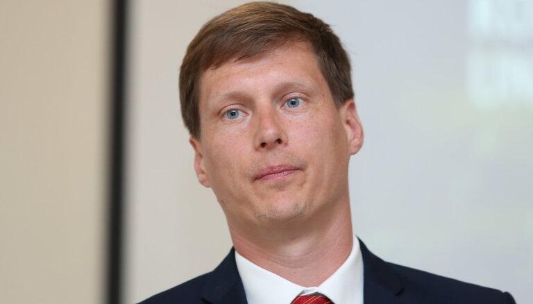 """Министр экономики: Латвия не решила, покупать ли пакет акций Conexus у """"Газпрома"""""""