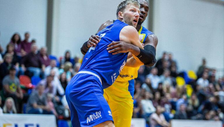 'Ventspils' basketbolisti pārliecinoši uzvar 'Ogri'; Vecvagars 'Betsafe/Jūrmala' debitē ar 27 punktiem