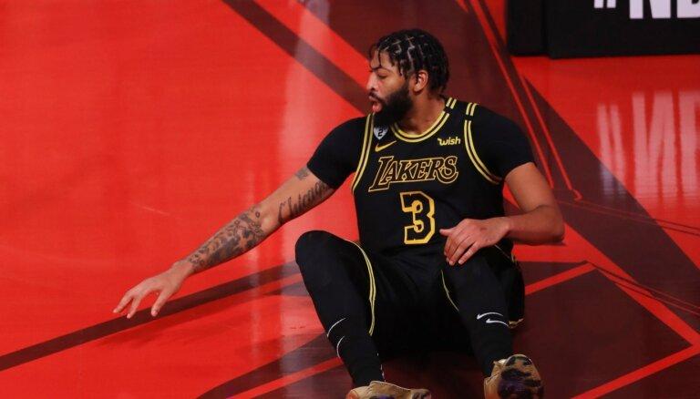 Deivisam papēža savainojums neliegs piedalīties NBA sestajā finālspēlē