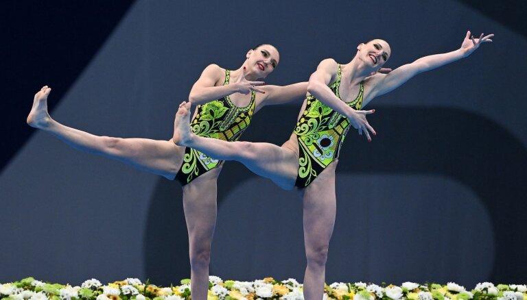 Российская синхронистка Ромашина в купальнике с балалайкой выиграла 6-й титул — рекорд Олимпиад
