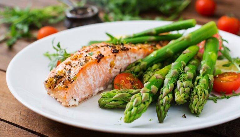 Sparģeļi, bērzu sulas un zaķskābenes: izziņota Valmieras Restorānu nedēļas ēdienkarte