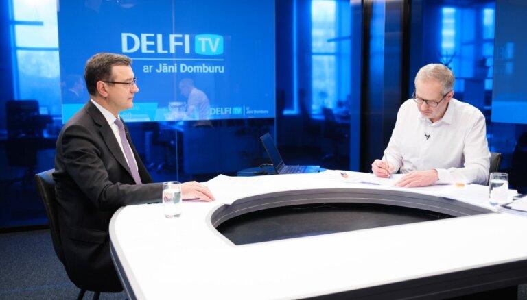 'Delfi TV ar Jāni Domburu' atbild finanšu ministrs Jānis Reirs. Pilns ieraksts