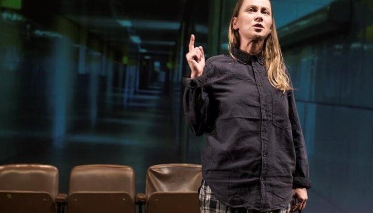 Ar Rēzijas Kalniņas monoizrādi atklās 'Lielā dzintara' Eksperimentālo skatuvi