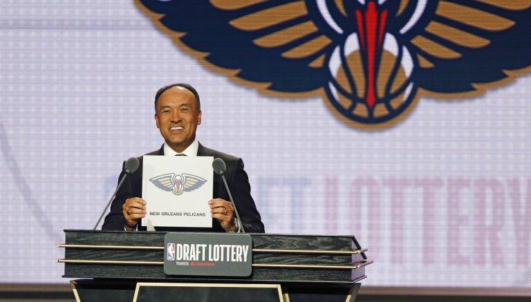 'Pelicans' uzvar NBA drafta loterijā un, visticamāk, izvēlēsies jauno superzvaigzni Viljamsonu