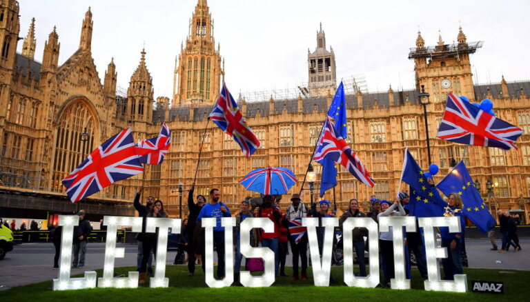 Jauna 'Brexit' referenduma sagatavošana prasītu gadu, lēš ministrs
