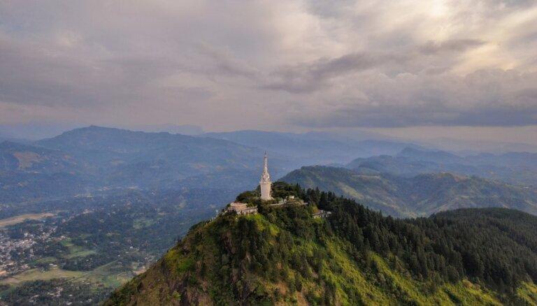 Izaicinājums bezbailīgajiem – mākoņus caurdurošs tornis Šrilankā