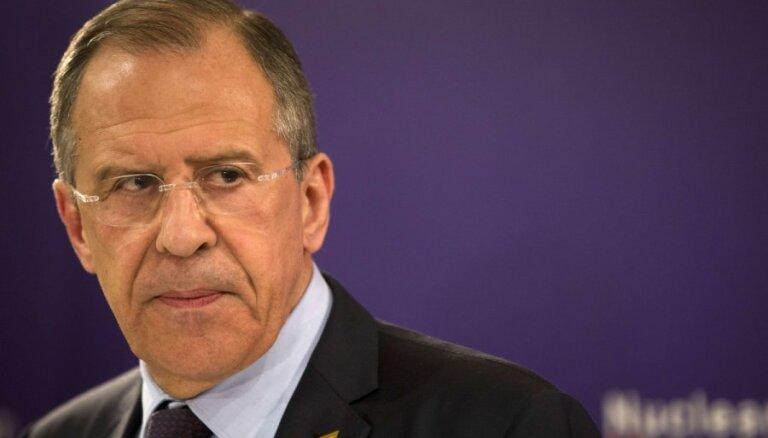 Krievija 'gatava glābt' INF līgumu, pauž Lavrovs