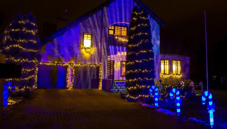 Foto: Krāšņākie nami Ķekavas novadā, kas piedalās rotājumu konkursā