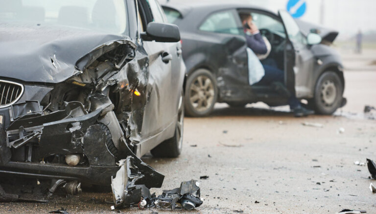 Ar saskaņotajiem paziņojumiem reģistrēto auto avāriju īpatsvars šogad veido 63%