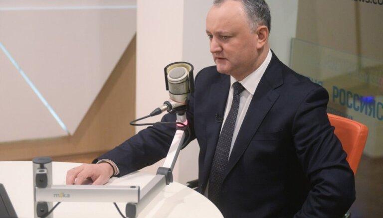 Pēc Krievijas propagandas ierobežošanas prokremliskais Dodons draud ar masu protestiem
