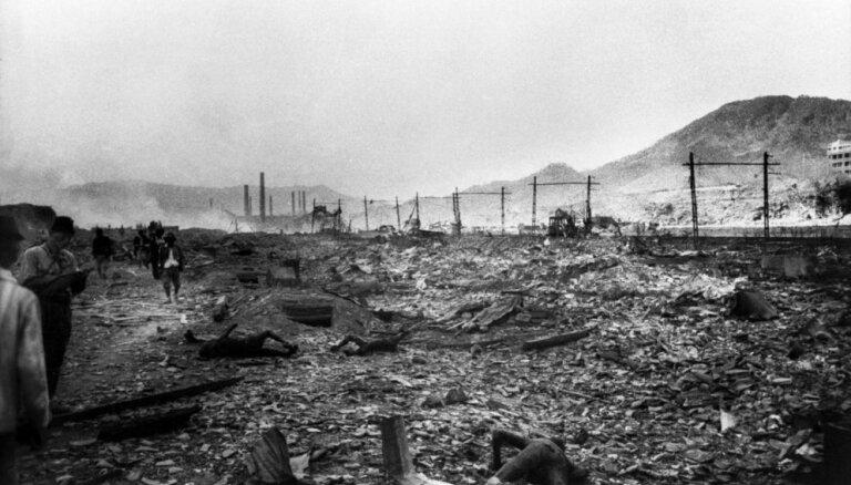Vēsturiski foto: Pēdējās pret cilvēkiem izmantotās atombumbas nomešana Nagasaki