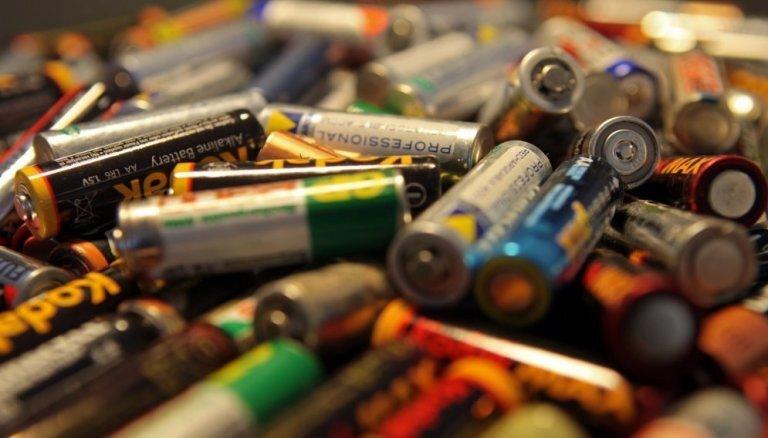 Eurostat: Латвия не выполняет директиву ЕС, на переработку сдана лишь треть использованных батареек