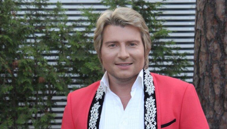 Кому покупал в Риге дорогие рубашки Николай Басков?