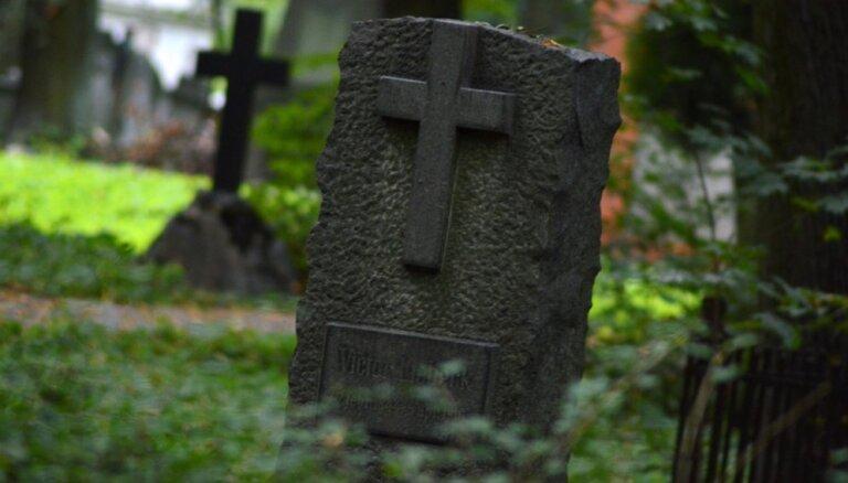 LTV eksperiments: izdomāts onkulis Rīgā tiek pie ekskluzīvas kapavietas