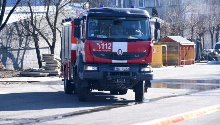 В субботу потушено 13 пожаров, один человек погиб