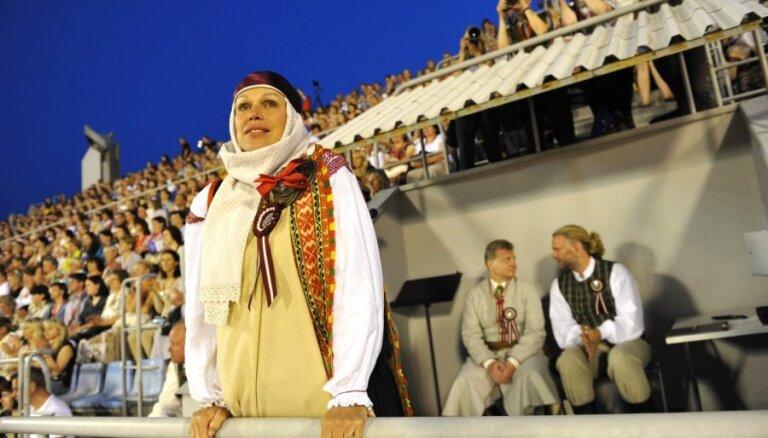 Apsver 12 Latvijas lielākās kultūras vērtības apvienot 'Zelta kanonā'