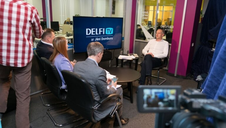 'Delfi TV ar Jāni Domburu': Kāpēc jāpiedalās vēlēšanās un kam atdot balsi