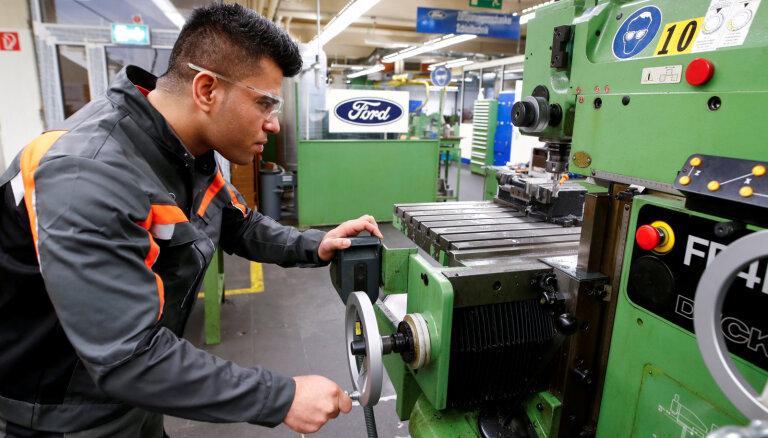 'Ford' likvidēs 10% darbavietu visā pasaulē