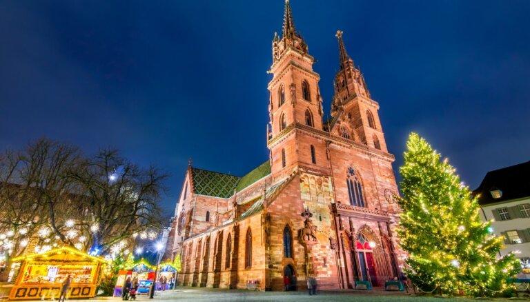 10 Eiropas pilsētas un tirdziņi, kur noķert Ziemassvētku sajūtu