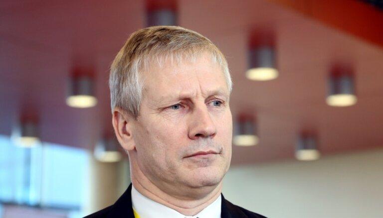 Novadu reformas dēļ Nacionālajā apvienībā vīlies Engures novada mērs Važa, vēsta laikraksts
