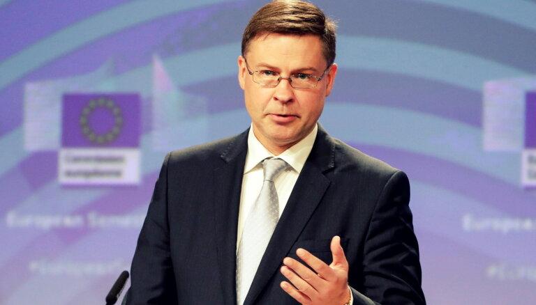 Домбровскис: часть функций по борьбе с отмыванием денег должна осуществляться на уровне ЕС