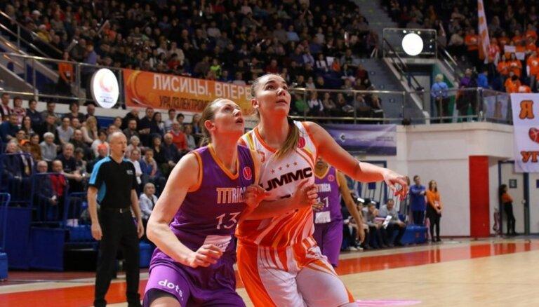 'TTT Rīga' Eirolīgas ceturtdaļfināla pirmajā spēlē bezspēcīga pret UGMK