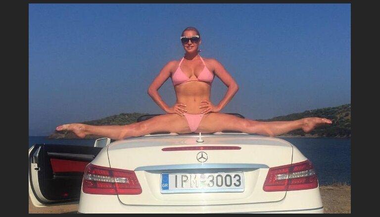 ФОТО: Волочкова показала невероятный трюк