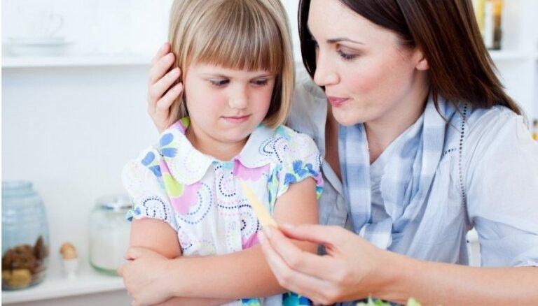 Чипсы, кола, лимонад — ваш ребенок будет рад: как научить ребенка нормально питаться?