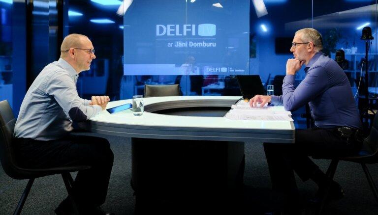 'Delfi TV ar Jāni Domburu' atbild atstādinātais EM valsts sekretārs Eglītis. Pilns ieraksts