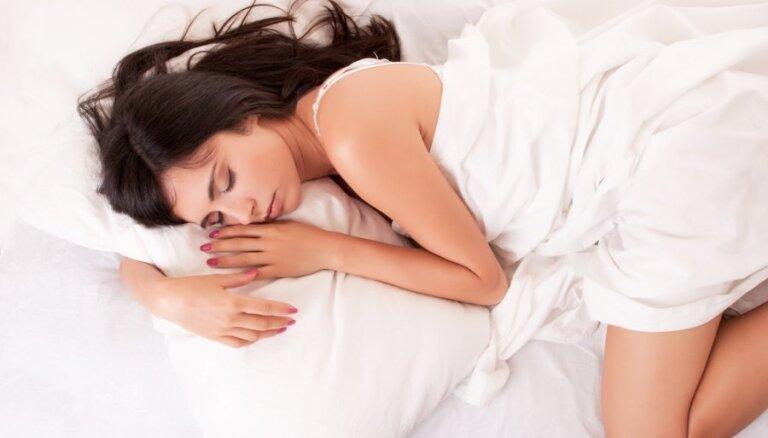 Labākās un sliktākās gulēšanas pozas tavai veselībai