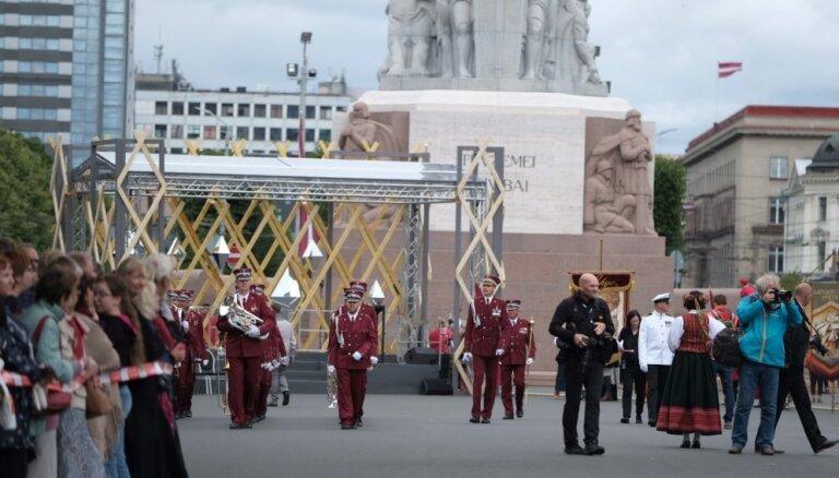 Dziesmu un deju svētku laikā Latviju apmeklēs ārvalstu parlamentārieši