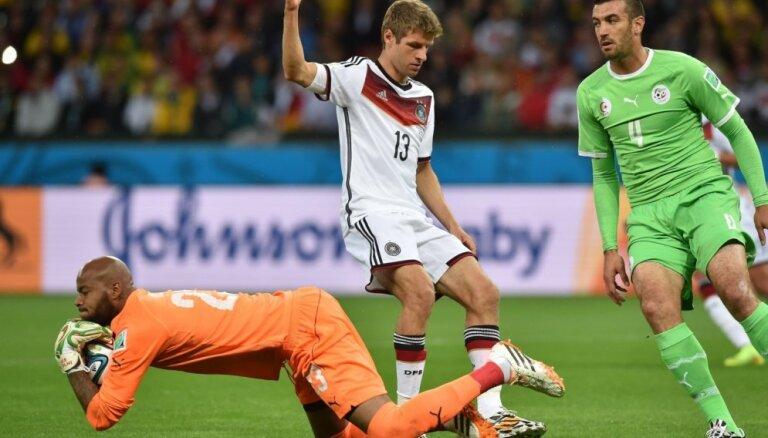Как немцы штрафной смешно разыгрывали (ВИДЕО)