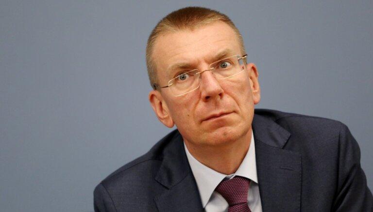Rinkēvičs skarbi par PČ hokejā Rīgā: Baltkrievijā uz ielām sit cilvēkus