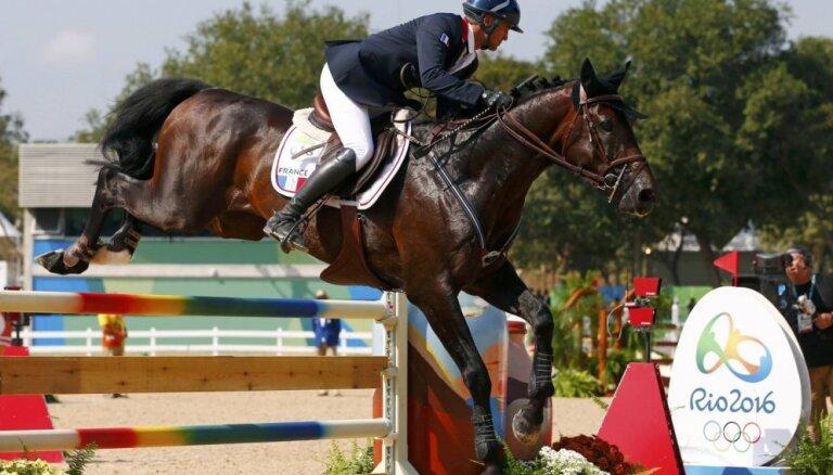Francijas zirgi un jātnieki sagādā valstij pirmo olimpisko zelta medaļu Rio