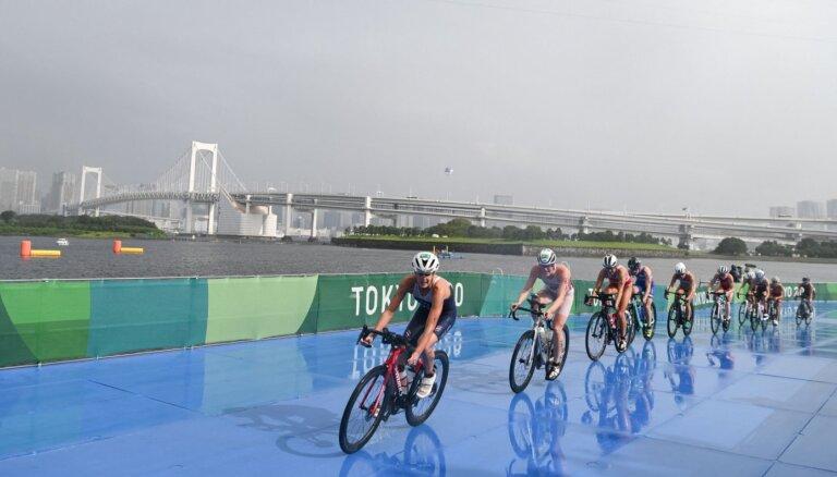Tokijas vasaras olimpisko spēļu rezultāti triatlonā sievietēm (27.07.2021)