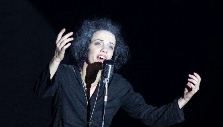 Liepājas teātrī 50. reizi tiks spēlēta izrāde 'Piafa'
