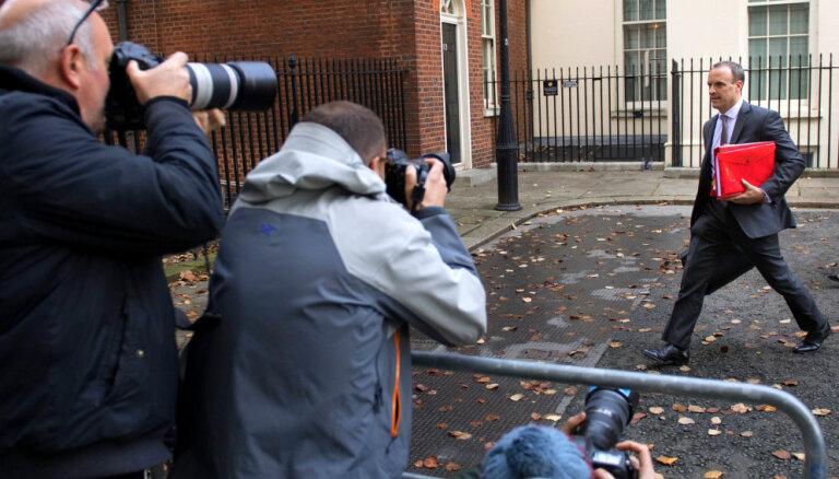 Atkāpjas jau otrais Lielbritānijas 'Brexit' ministrs