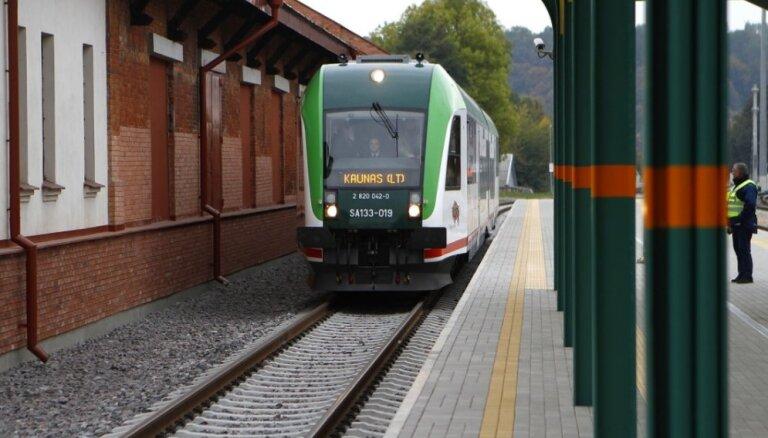 Somijas valdība nolemj pievienoties dzelzceļa projektam 'Rail Baltica'