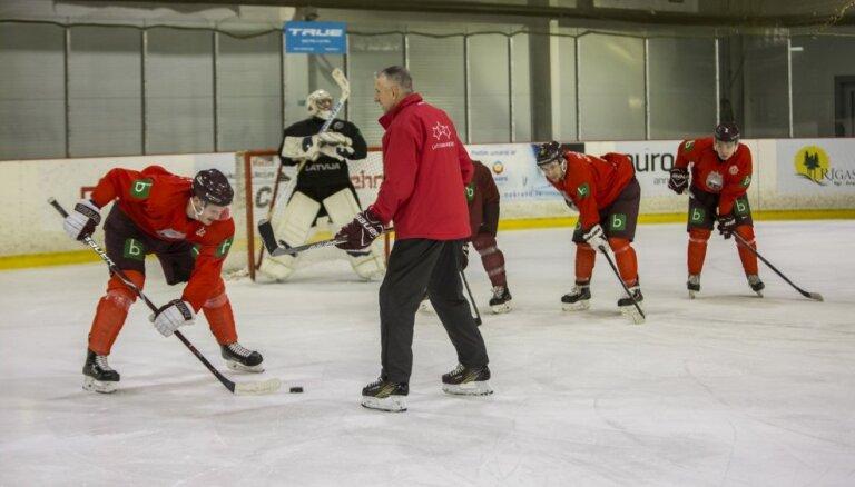 Hārtlijs Rīgā uz treniņiem pulcēs vairākus vadošos Latvijas hokejistus